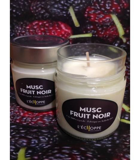 Bougie parfumée aux fruits noirs